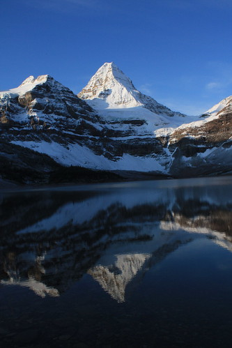 Mount Assiniboine | by 5GnCDN