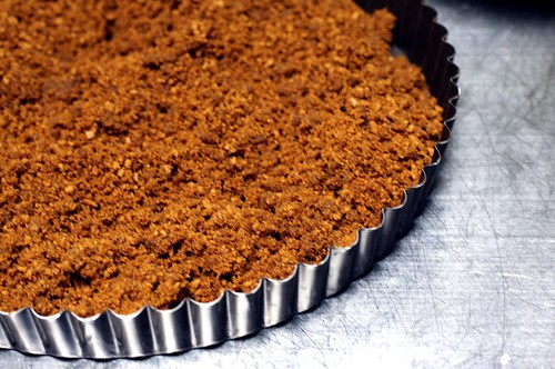 gingersnap crumb crust | by smitten kitchen