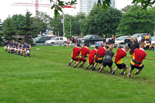 Police Tug of War along Toronto Waterfront | by Bobcatnorth