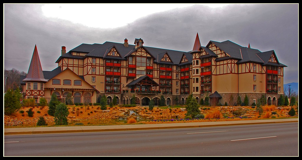 The Inn at Christmas Place | New hotel in Pigeon Forge, TN l… | Flickr