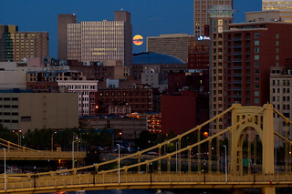 Pittsburgh Moonrise 5713 | by coneslayer
