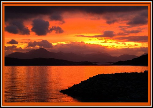 skye bridge sunset on lochalsh | by siandara