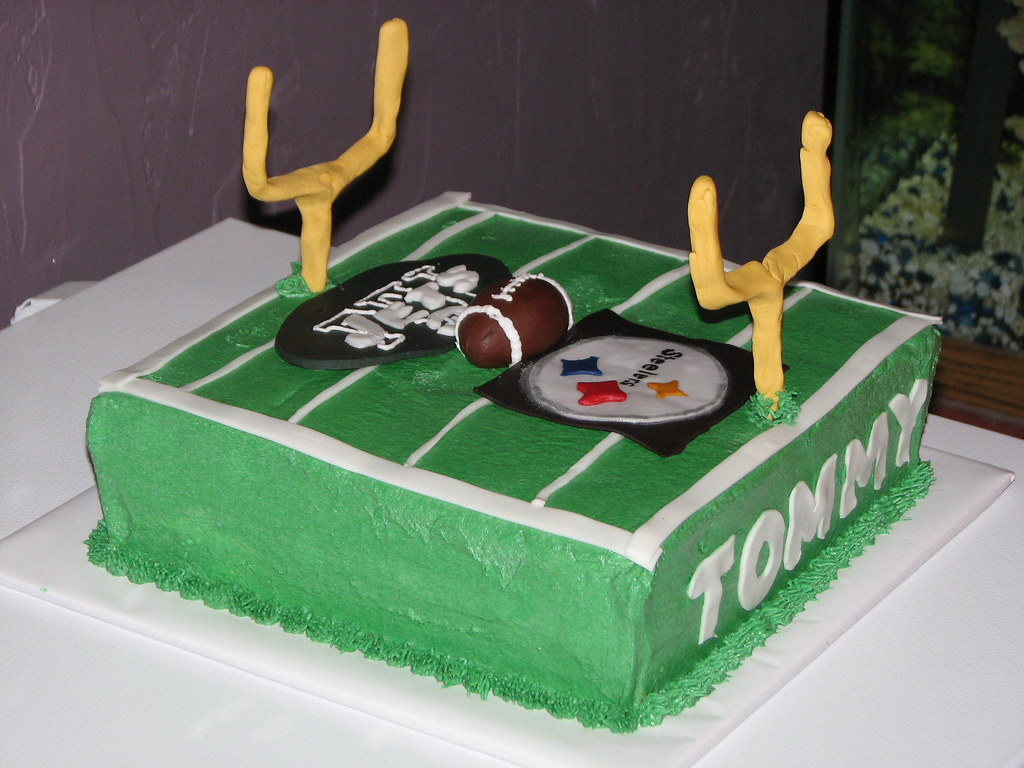 Tommys Jets Steelers Birthday Cake Carmela Flickr