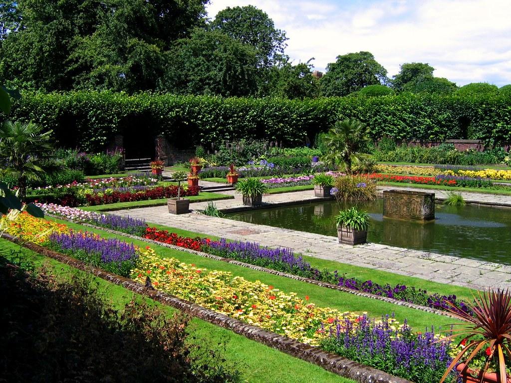 Exceptional ... The Sunken Garden, Or Dutch Garden   Kensington Palace, London | By  UGArdener