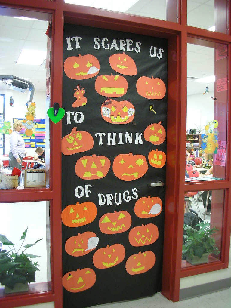 Door Decorations For Red Ribbon Week It Scares Us To Think Flickr