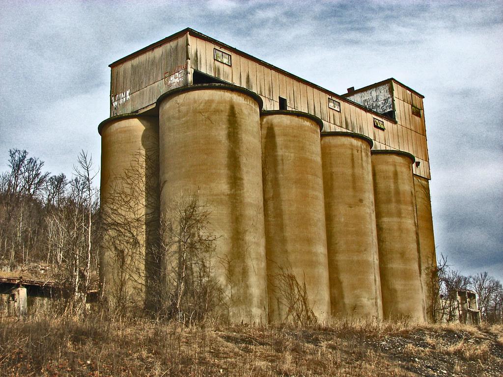 Portland Cement Plants : Abandoned alpha portland cement plant flickr