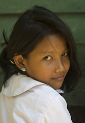Young girl-Cambodia (Siem Reap) | by kinginexile