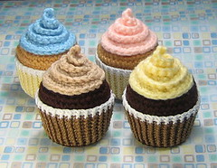Cupcake Crochet Pattern | by stripeyblue