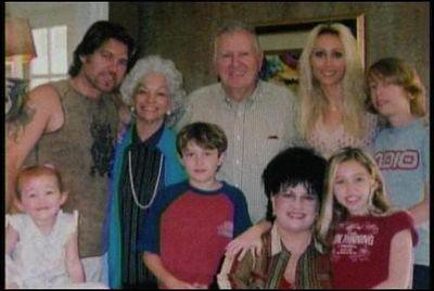 Miley Cyrus Rare   with the whole family   Meegan's Rares3 ... Whole Cyrus Family