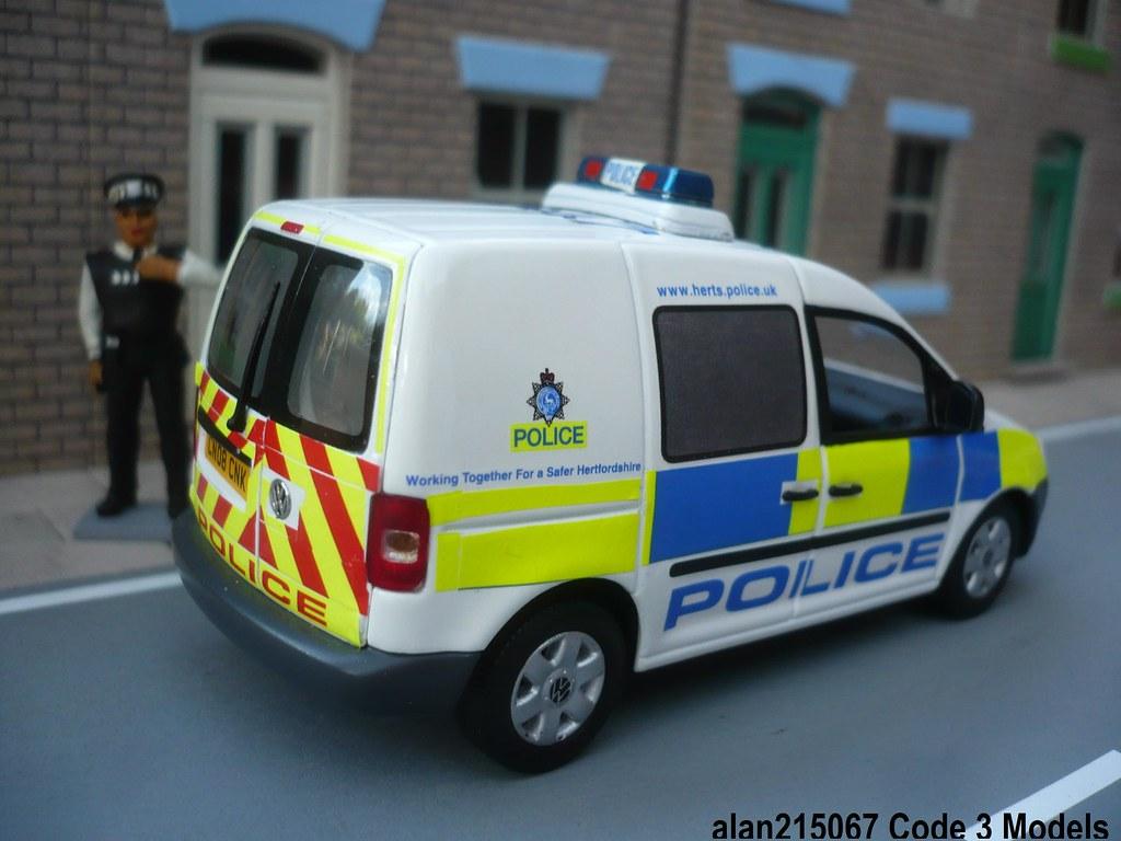 Code 3 Minichamps VW Caddy Hertfordshire Police Beat Van R… | Flickr