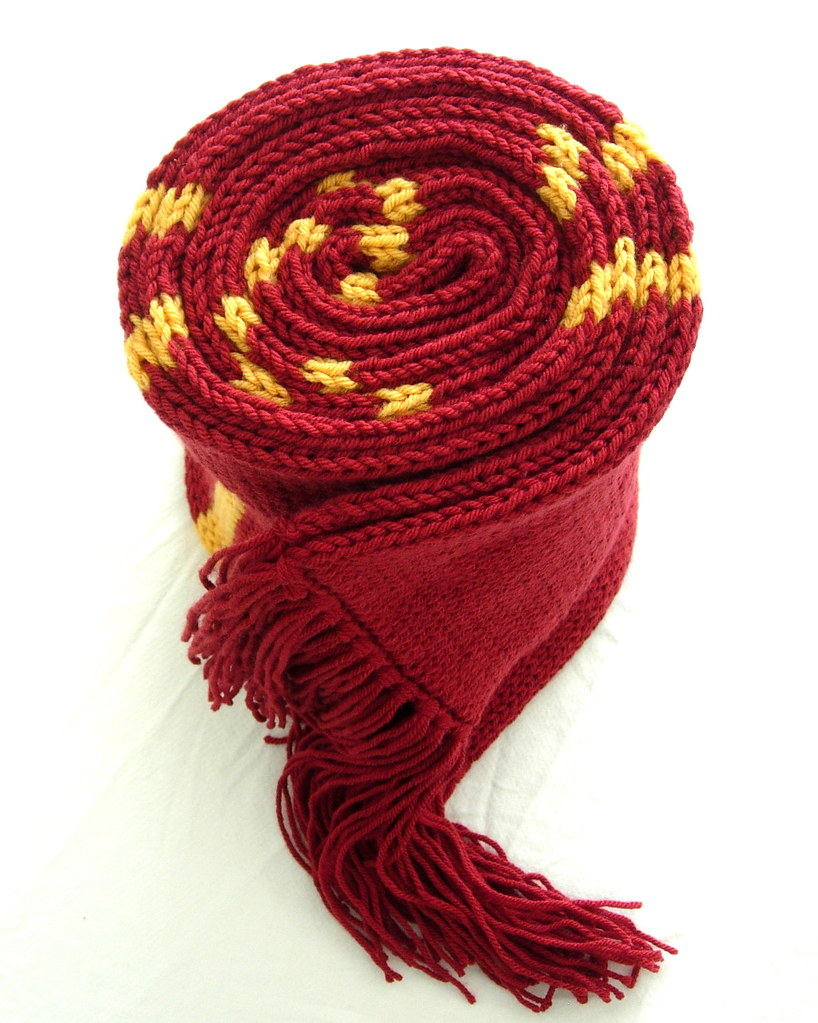 Gryffindor House Scarf | Harry Potter Gryffindor House scarf… | Flickr