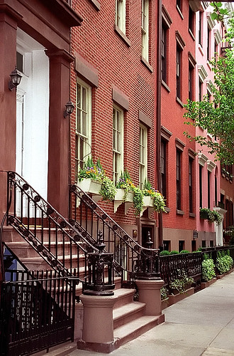 "New York - Greenwich Village ""Washington Square Brownstones"" 
