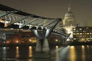London's Millennium Bridge and St Paul's | by Tony Margiocchi (Snapperz)