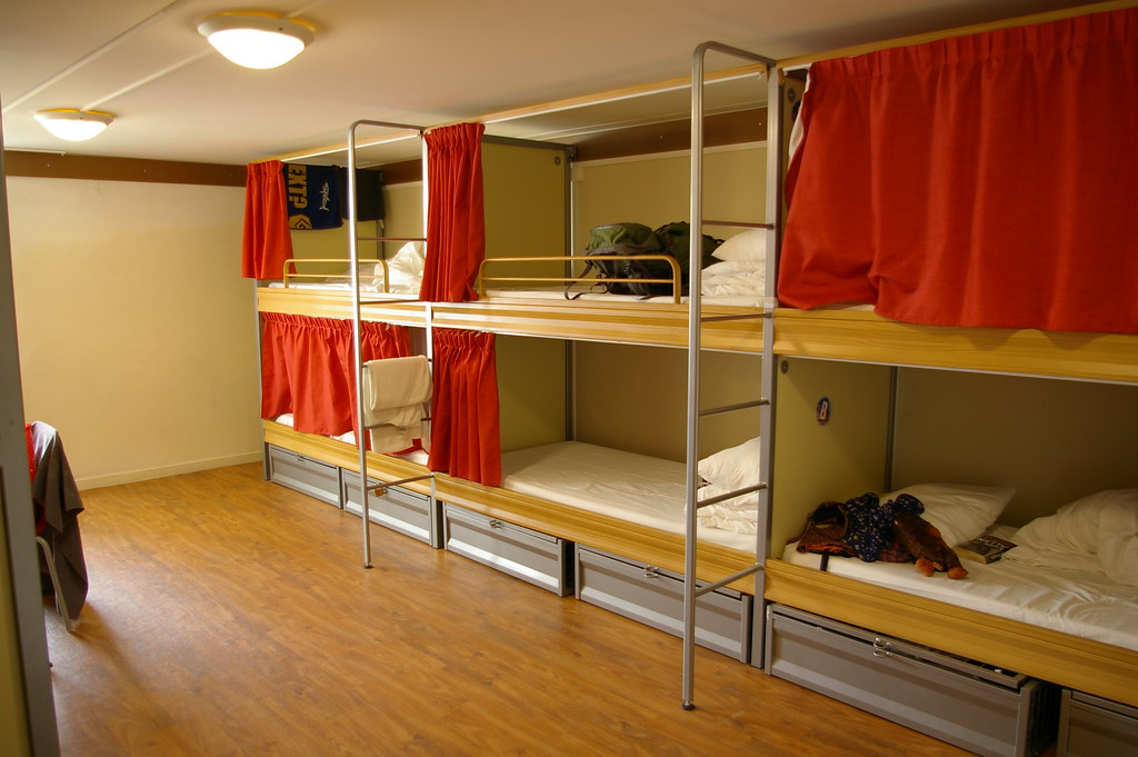 Hostel dorms in Paris
