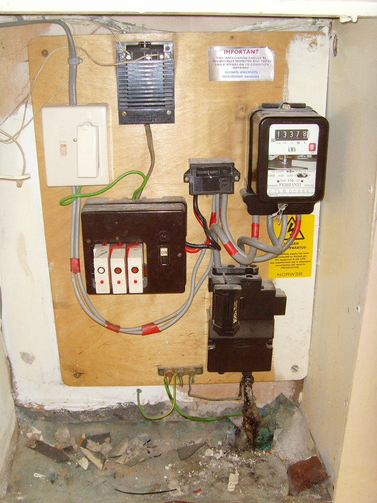 Old Fuse Box And Here Is The Fire Starter Note Ol Flickr Help By Chris Smith Local Builder
