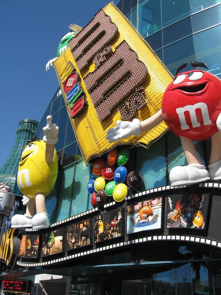 m m shop and coke shop picture of m ms world las vegas las