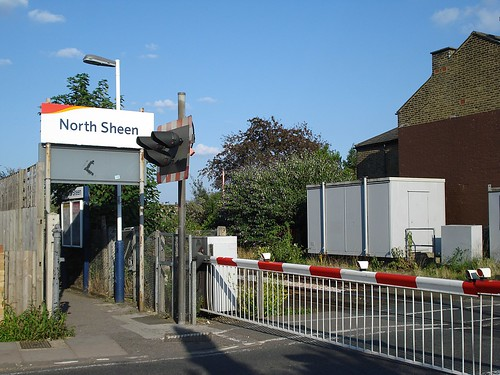 Entrance to North Sheen Station | by Kake .