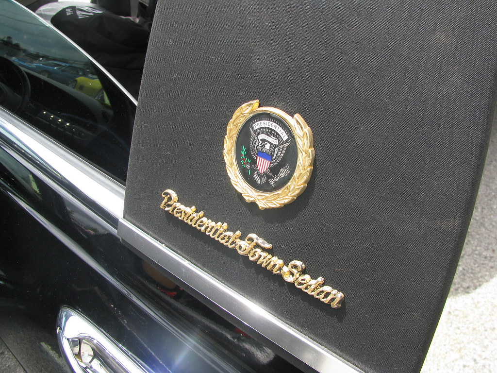 1998 Lincoln Town Car Presidential Town Sedan The Presiden Flickr