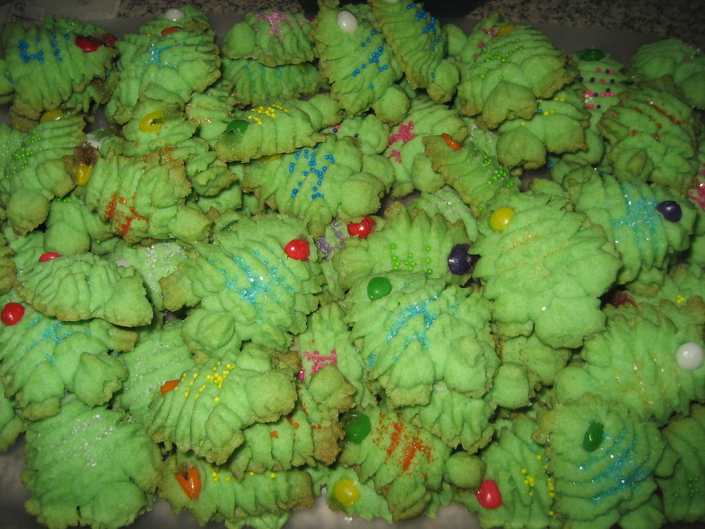 Christmas Tree Spritz Cookies Www Bakelovegive Com Flickr