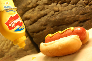 Alive Hot Dog | by laverrue