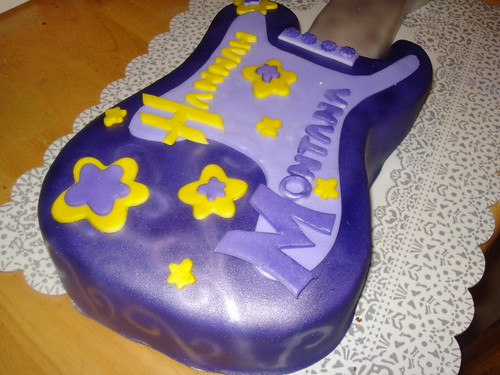Hannah Montana guitar cake #2 | by Charley And The Cake Factory