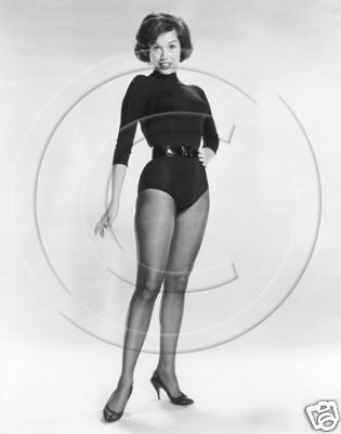 pantyhose Mary tyler moore
