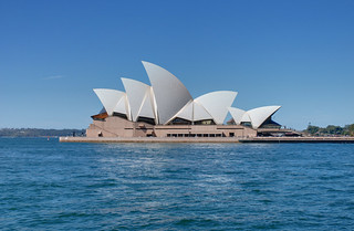 Sydney Opera House | by GlobeTrotter 2000