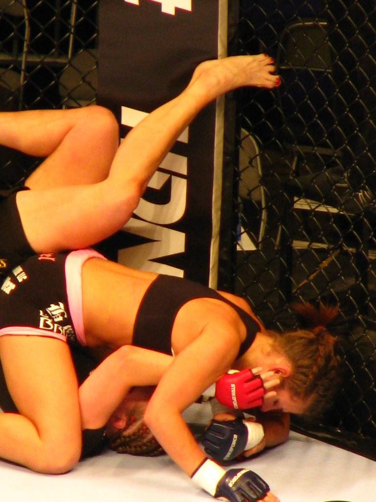 Elaina Maxwell mixed martial arts nude (51 photo), Sexy, Sideboobs, Twitter, butt 2006