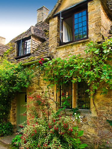 a cottage in arlington row at bibury gloucestershire flickr. Black Bedroom Furniture Sets. Home Design Ideas