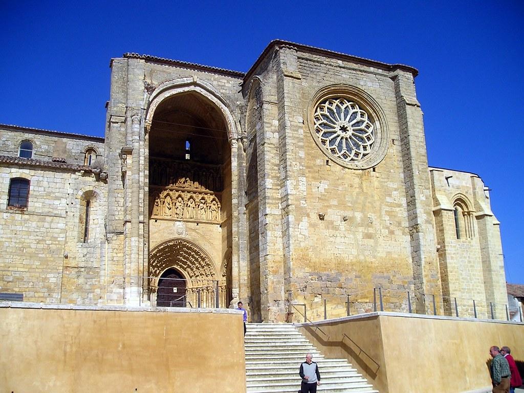 Villalcázar de Sirga (Palencia). Iglesia de Santa María la Blanca  Flickr