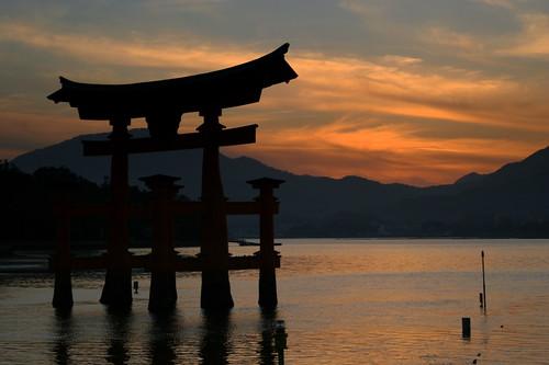 Miyajima Shrine - Miyajima Island - Japan  Itsukushima (厳島,…  Flickr