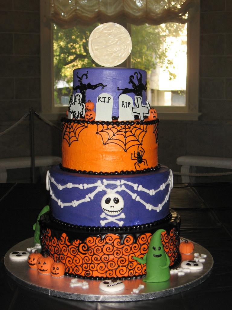Nightmare Before Christmas Wedding Cake | The pumpkins, gobl… | Flickr