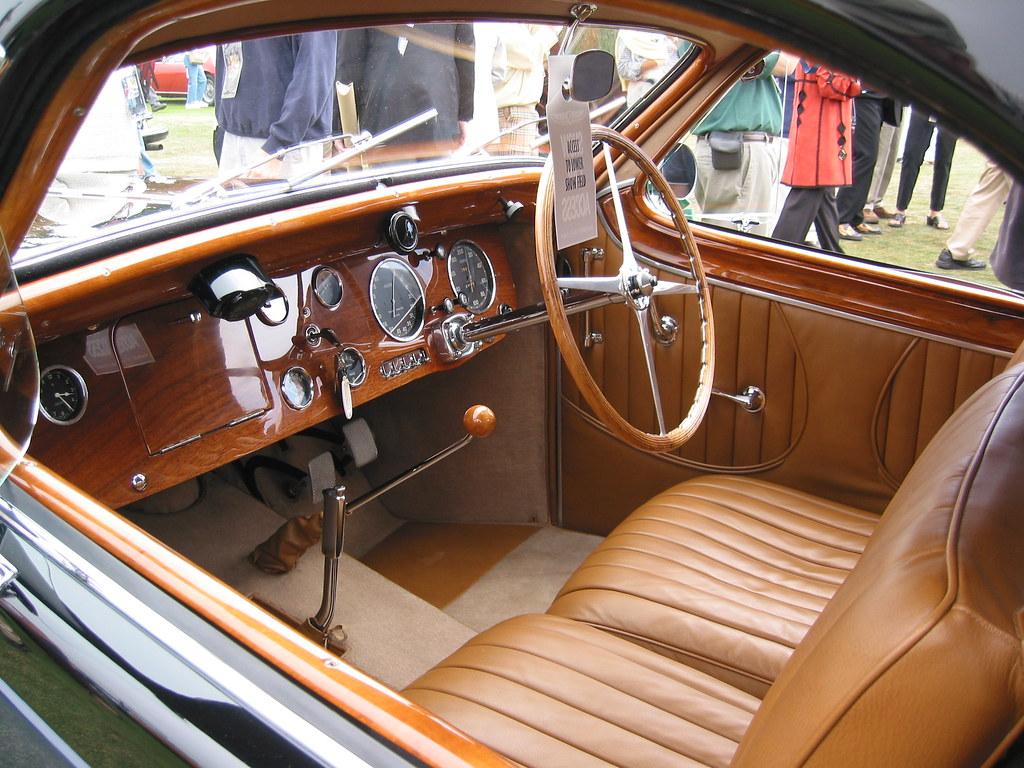 Bugatti type 57 interior