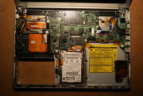 PowerBook G4 Tear-Down: Insides, Assembled | by schoschie