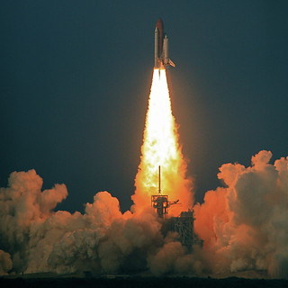 Shuttle Endeavour Blastoff | by jurvetson