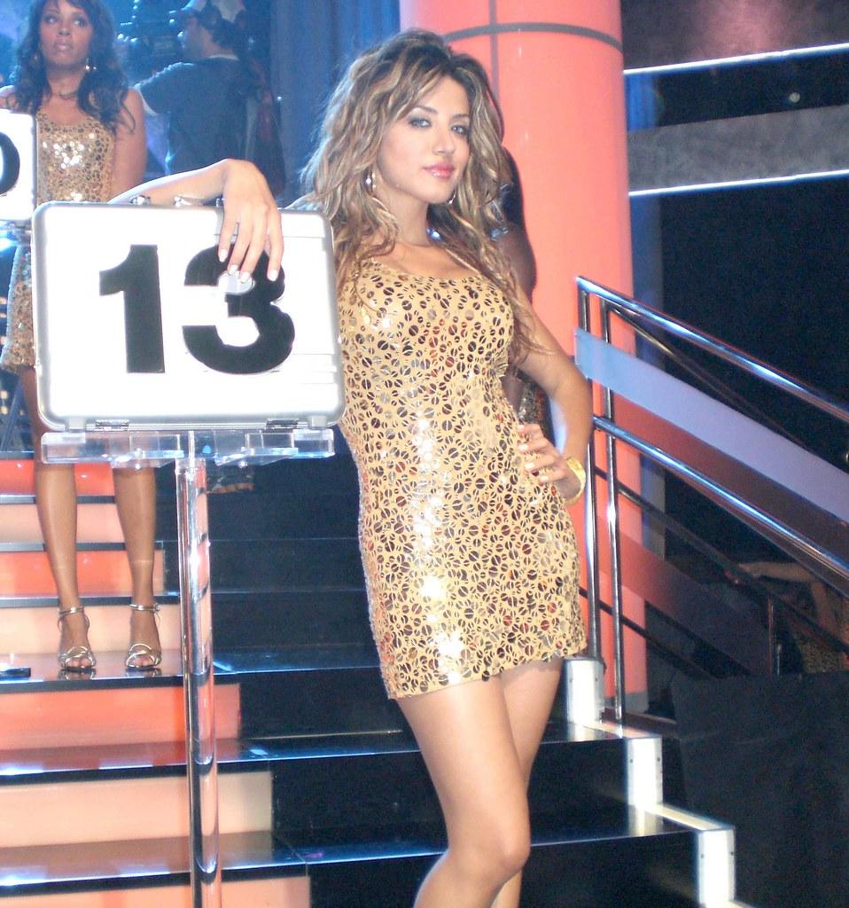 Shakira Caine