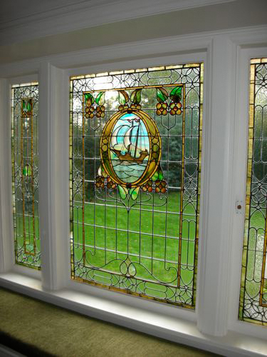 Dscn0421 46992 tudor house leaded stained glass window for Window design 4 6