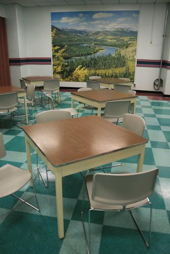 Cheery uplifting post apocalyptic decor cafeteria nucl for Post apocalyptic decor