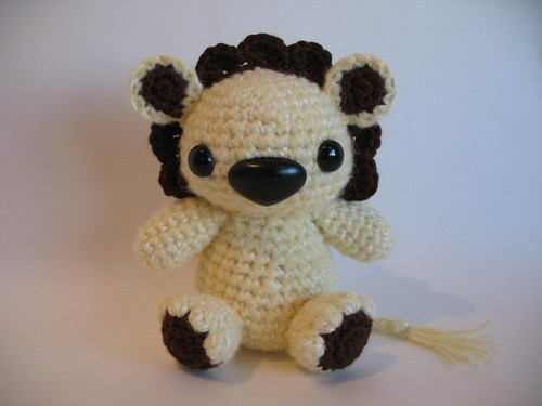 Amigurumilacion : Amigurumi lion custom order made with super soft alpaca