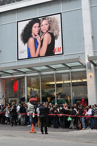 H&M opening | by Ianiv & Arieanna