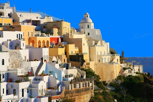 how to get to that hill in santorini
