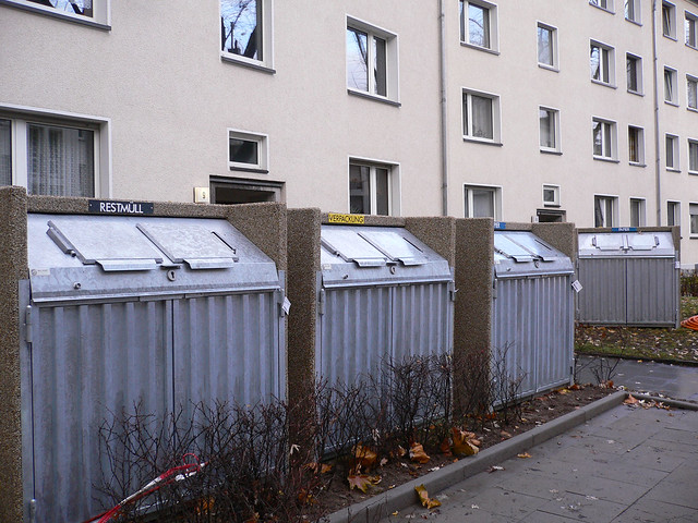 Waste separation wall in Cologne/Germany