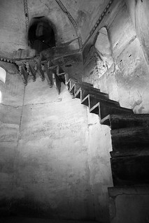 Scary Stairs - Orchha | by greenwood100