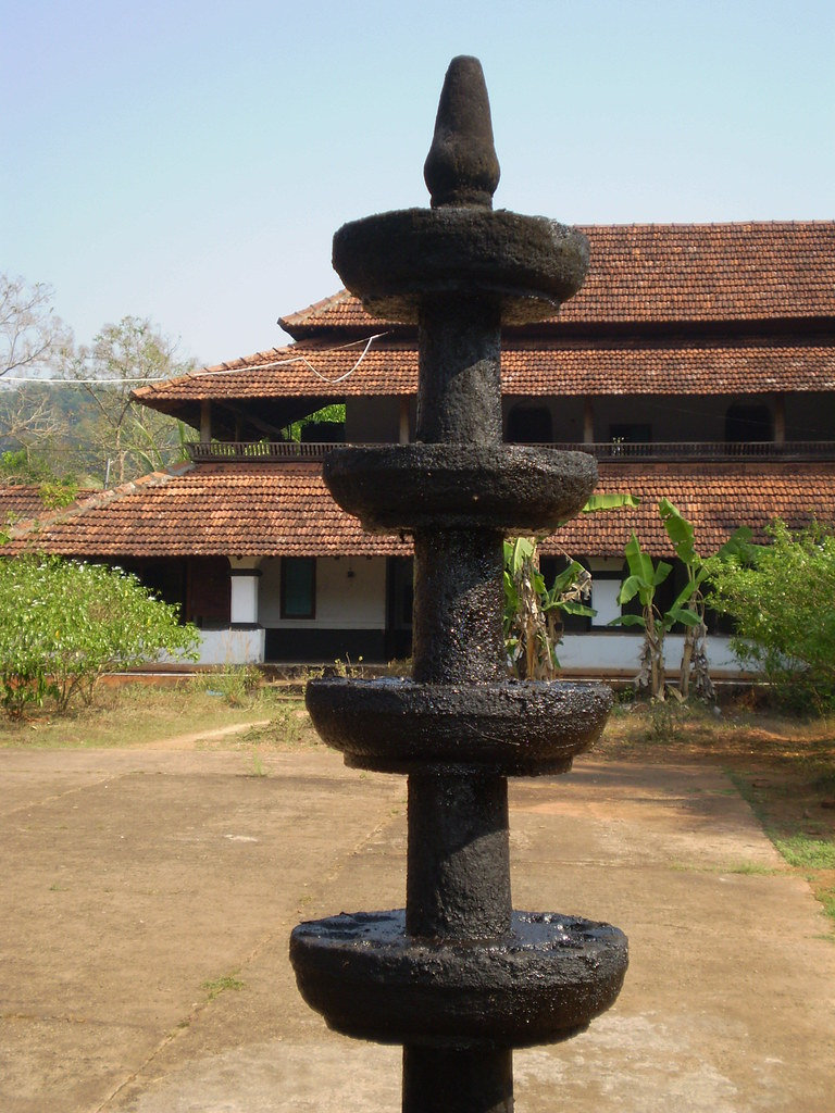 temple stone lamp | Sajeesh Perumpilavil | Flickr for Temple Stone Lamp  557ylc