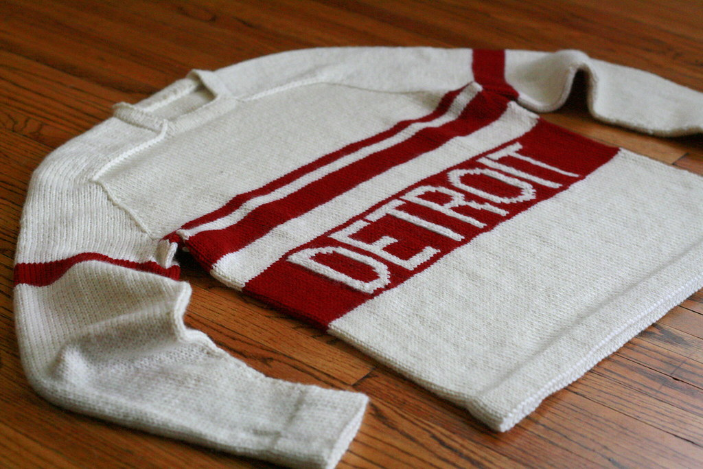 handknit hockey sweater! | 1920s vintage-style hockey jersey… | Flickr