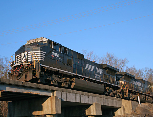 Norfolk Southern 9812 | by ravensong75