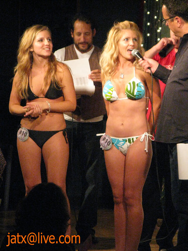 Erotic nude women public