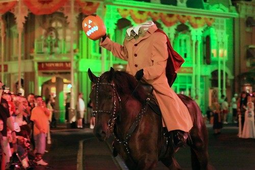 WDW Sept 2008 - The Headless Horseman Rides Tonight! | by PeterPanFan