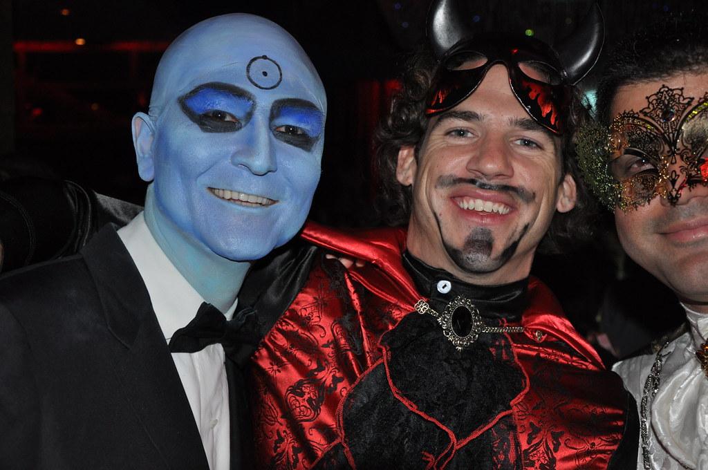 dr manhattan watchmen halloween costume by jonasphilliplee