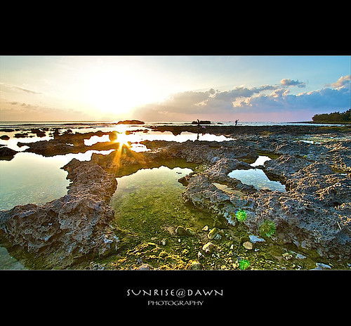 Bright Sun @ Wanlitong, Kenting 萬里桐の豔陽 - 06 (Explore 2008-12-08   #409) | by 風傳影像 SUNRISE@DAWN photography